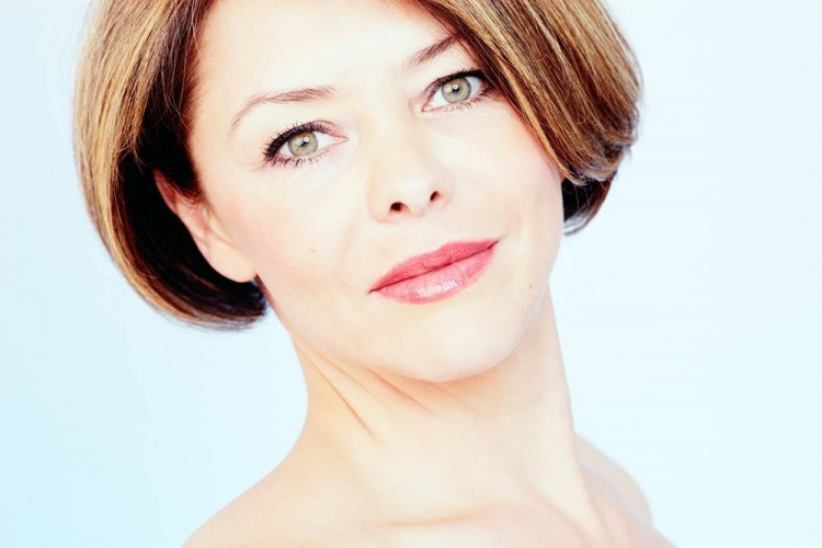 How to Go About Ageless Skin Care