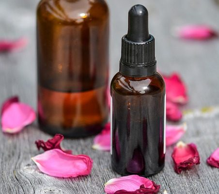 Top 12 Essentials Oils for Beautiful Skin