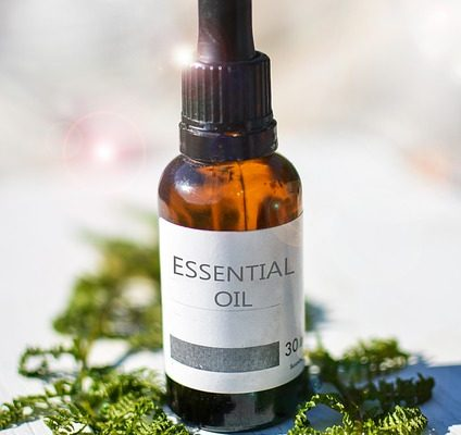 How to Use Essential Oils for Skin Care