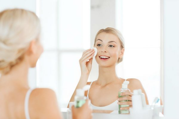 How to Use Face Toner and Other Important Facts