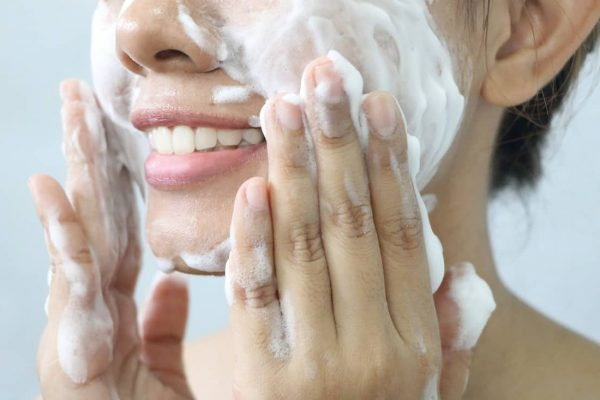 Best Anti Aging Face Wash of 2021: Top Five Picks