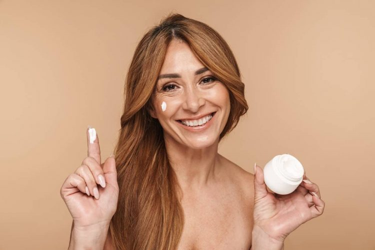 Best BB Creams for Mature Skin - youngerskinguide.com