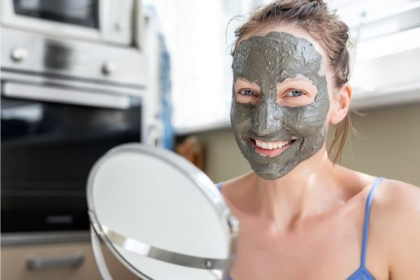 What Does Dead Sea Mud Mask Do